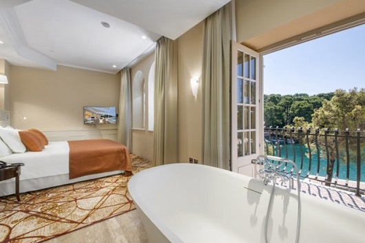 BOUTIQUE HOTEL ALHAMBRA 5*