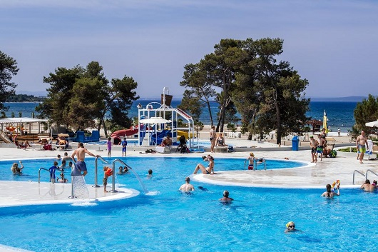 ZATON HOLIDAY VILLAGE 3* &  4*